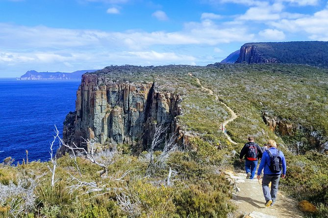 2-Day Hobart Adventure Tour Cape Hauy and Hartz Peak