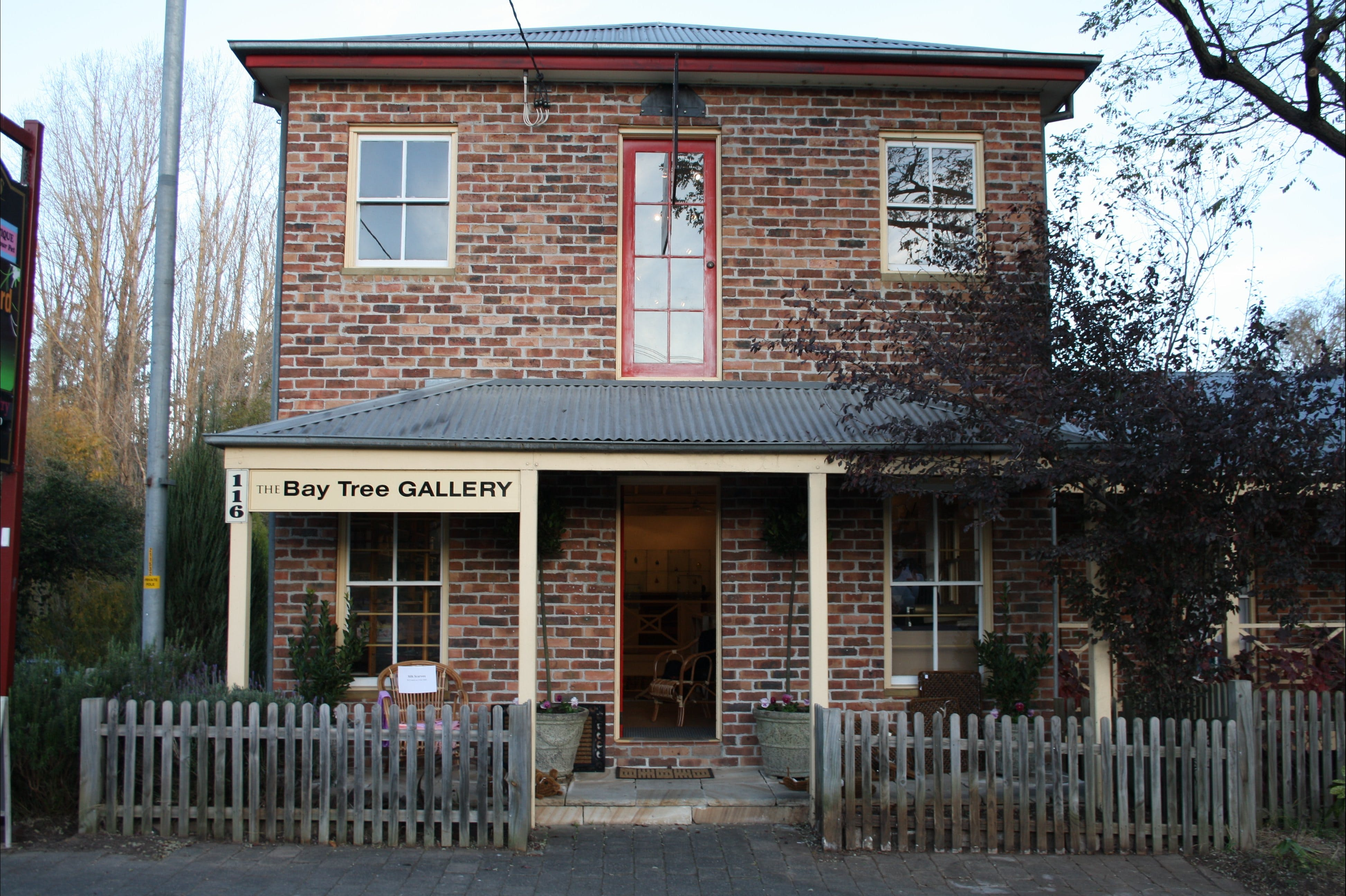 Bay Tree Gallery - Tourism TAS