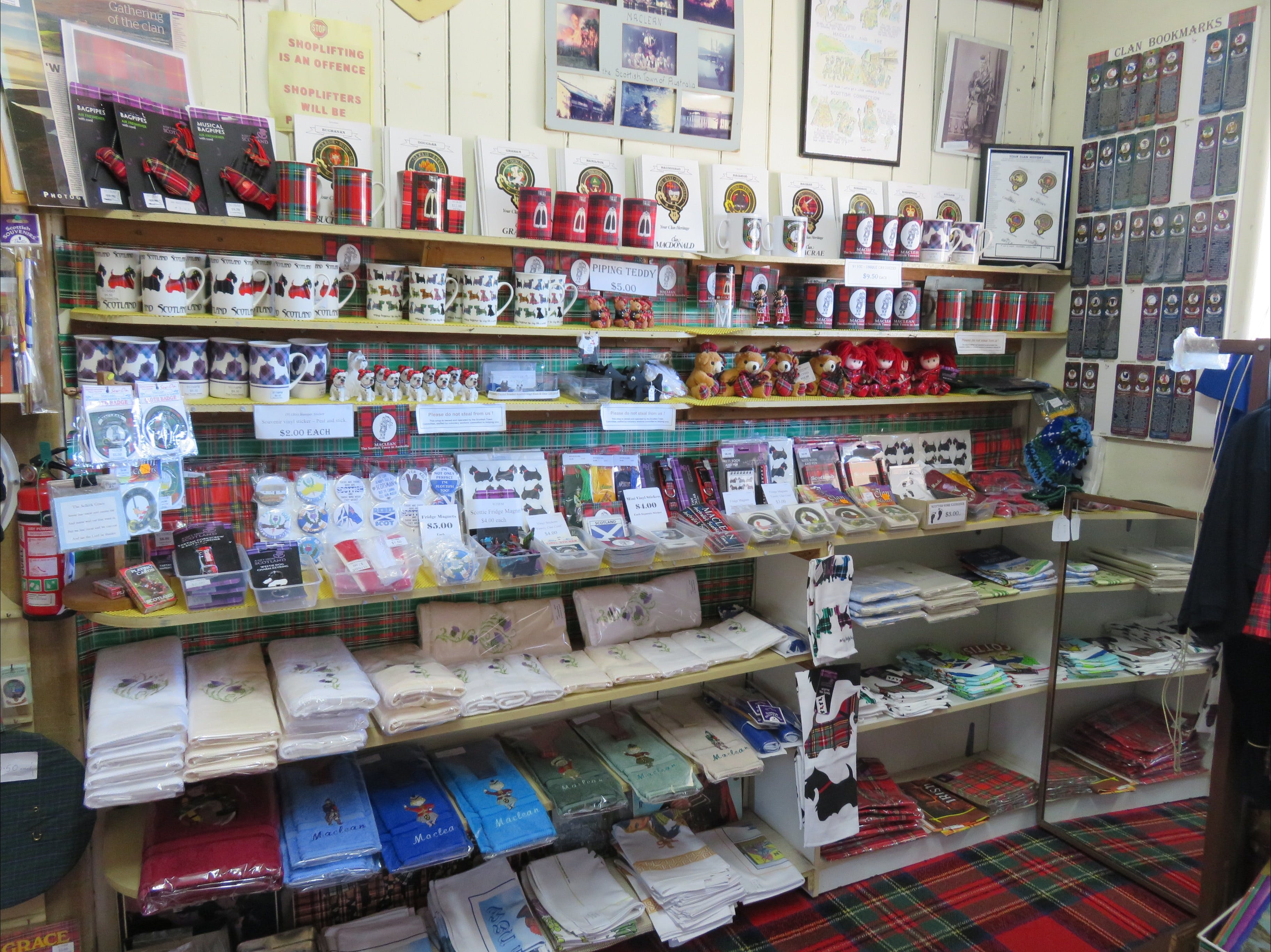 Maclean Scottish Shop - Tourism TAS
