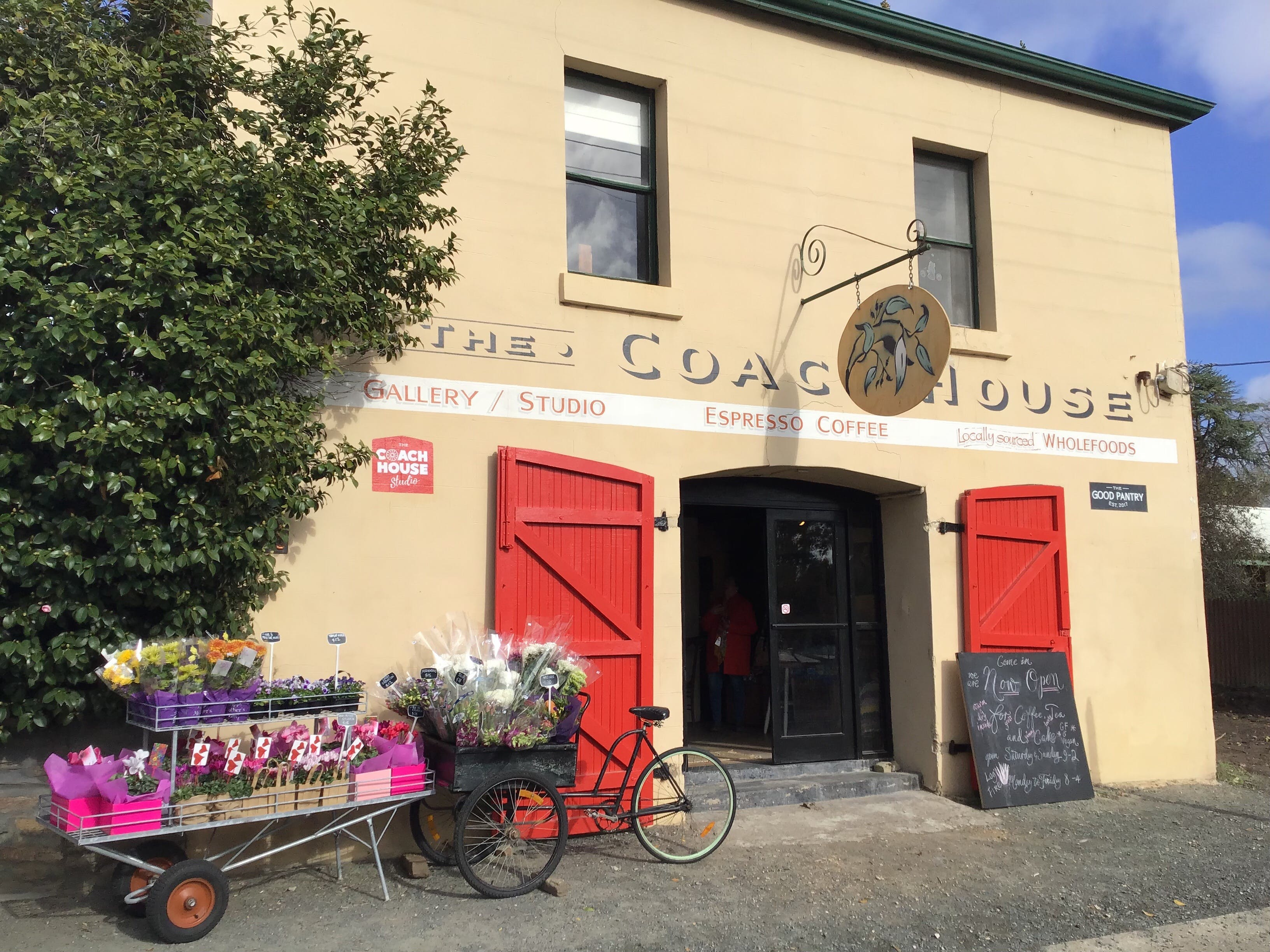 The Coach House Studio - Tourism TAS