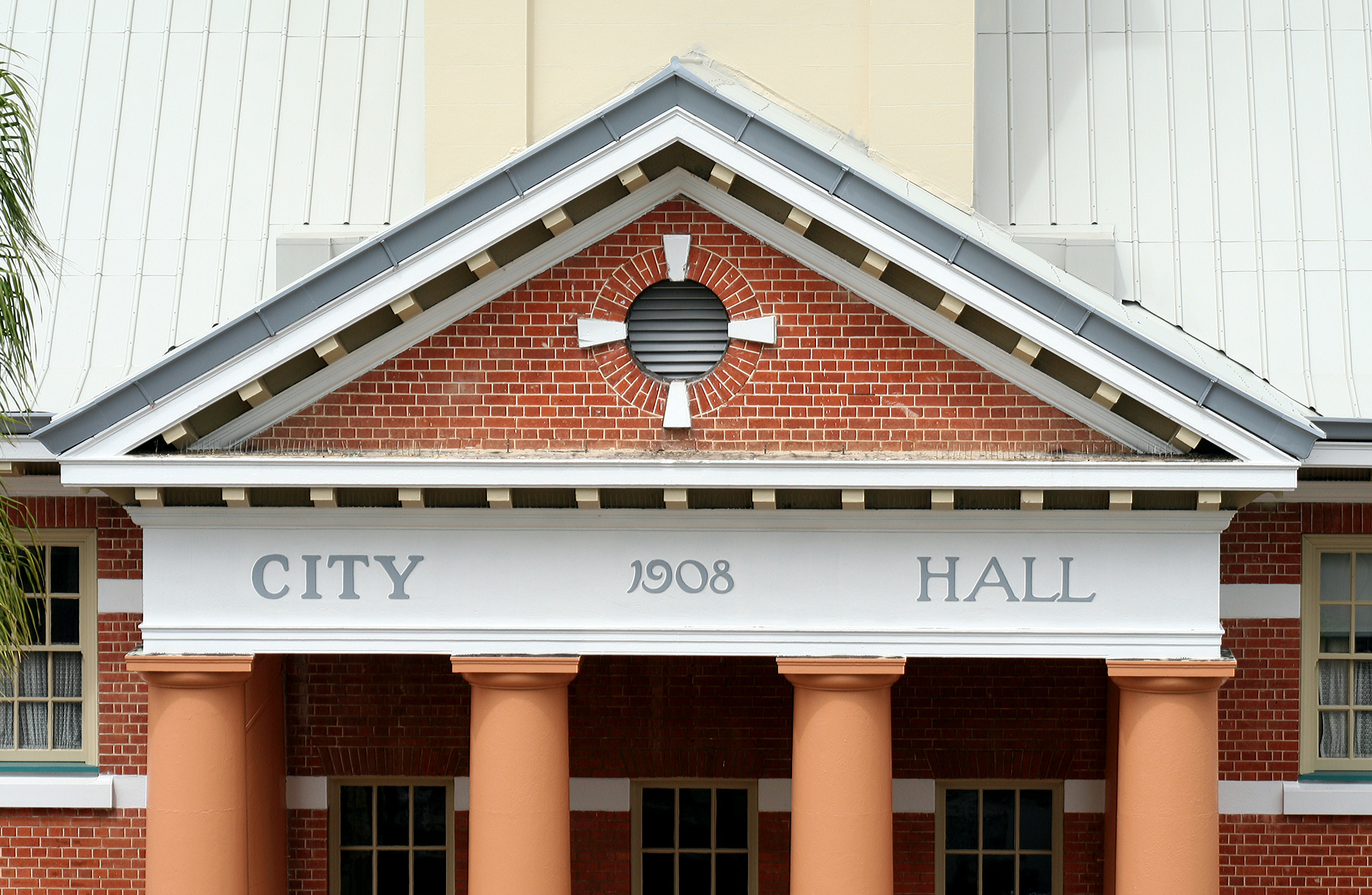 Maryborough City Hall - Tourism TAS