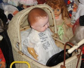 Little Darlings Doll Museum and Coffee Shop - Tourism TAS