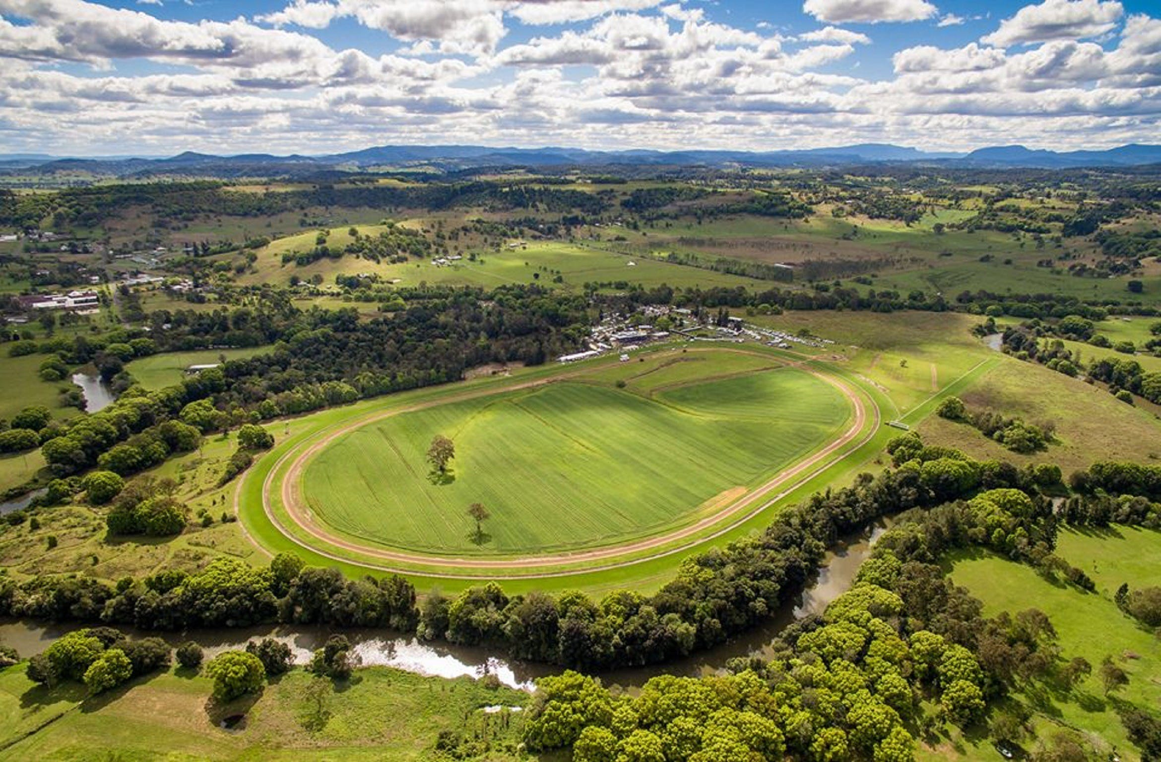 The OBrien Electrical and Plumbing Lismore Cup - Tourism TAS