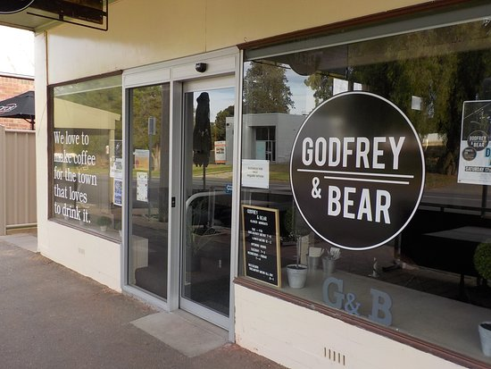Godfrey and Bear - Tourism TAS