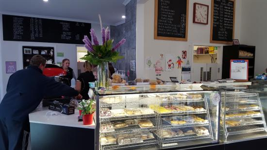Tumut's Pie in the Sky Bakery - Tourism TAS