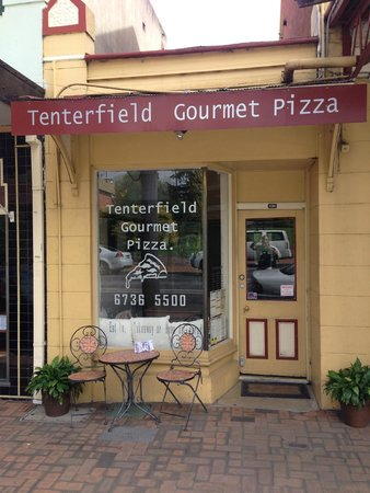 Tenterfield Gourmet Pizza - Tourism TAS