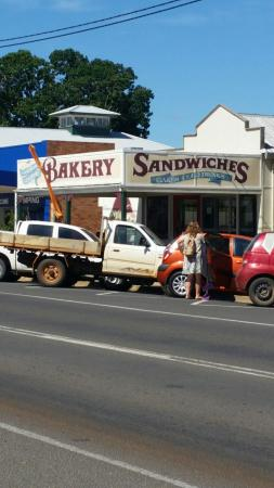 Gayndah Country Bakery - Tourism TAS