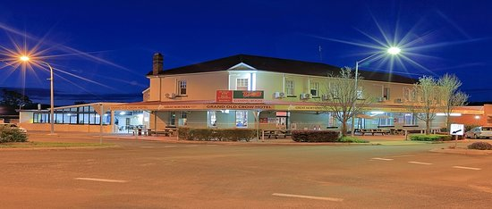Grand Old Crow Hotel - Tourism TAS