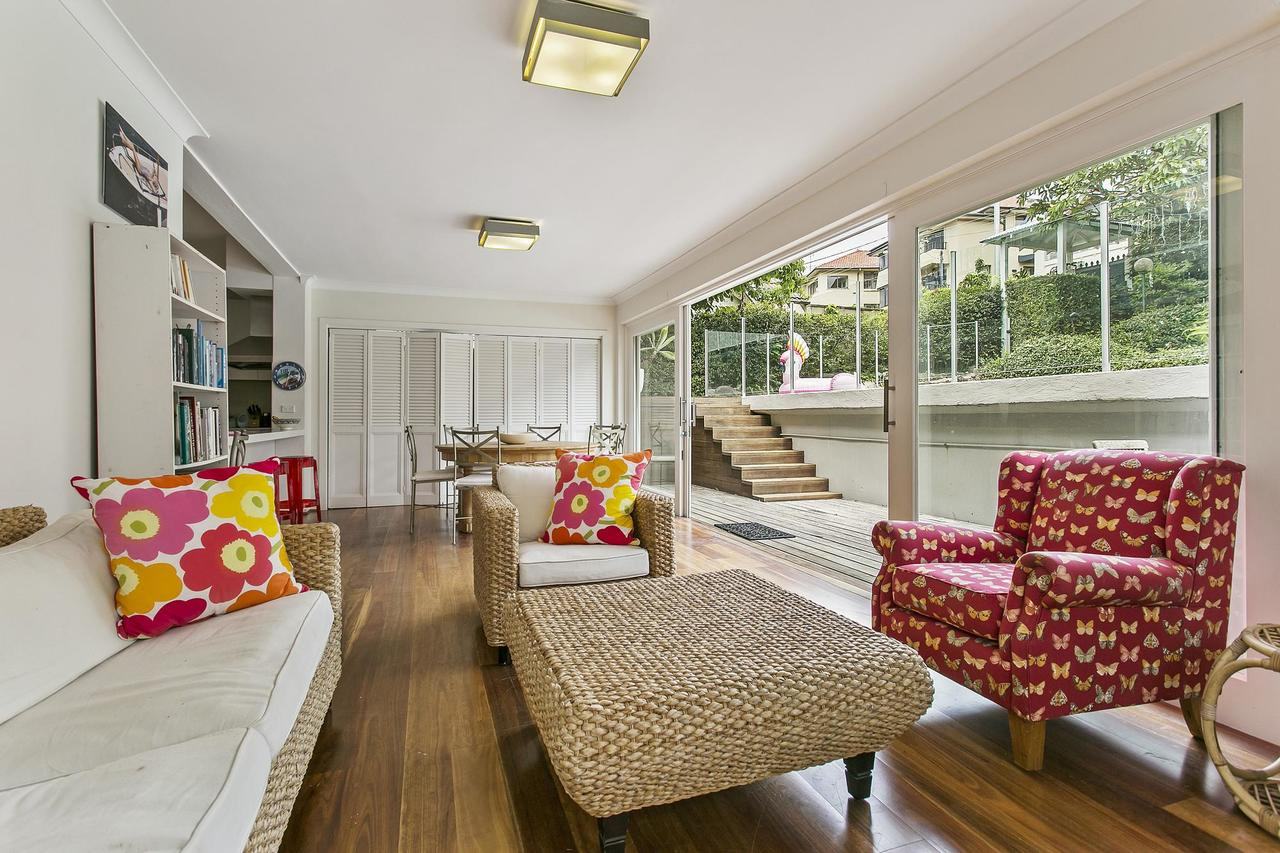 Summery spacious 4 bed home in Kurraba Point - Tourism TAS