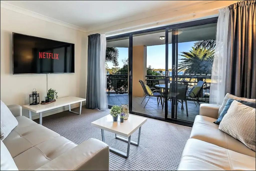 Gold Coast Apartment At Sandcastles On Broadwater - Tourism TAS