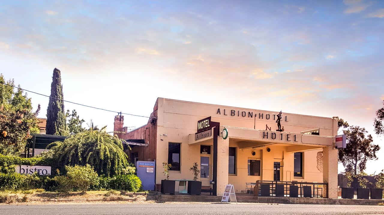 Albion Hotel and Motel Castlemaine - Tourism TAS